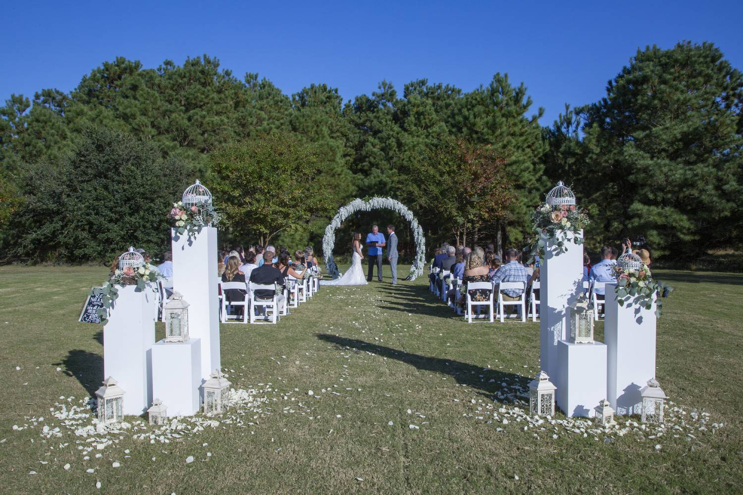 The Pointe Lawn Ceremony Space